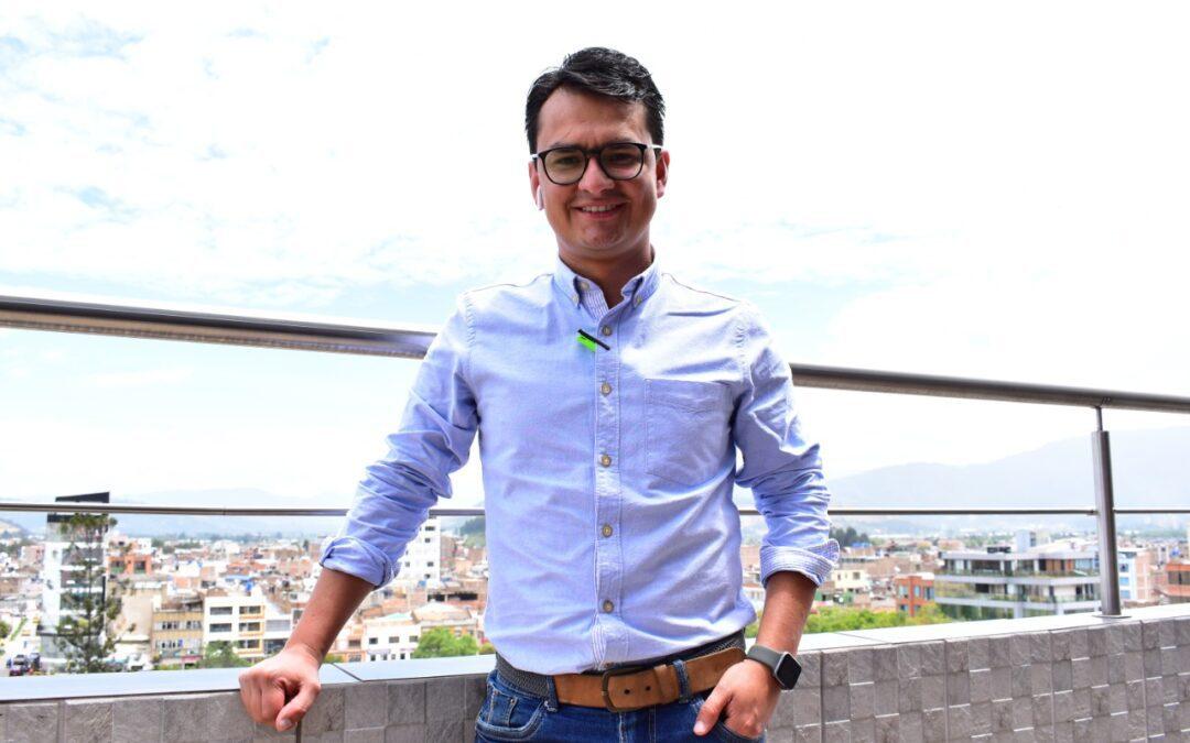 Camilo Téllez se posesiona como gerente de la Compañía de Servicios Públicos de Sogamoso.