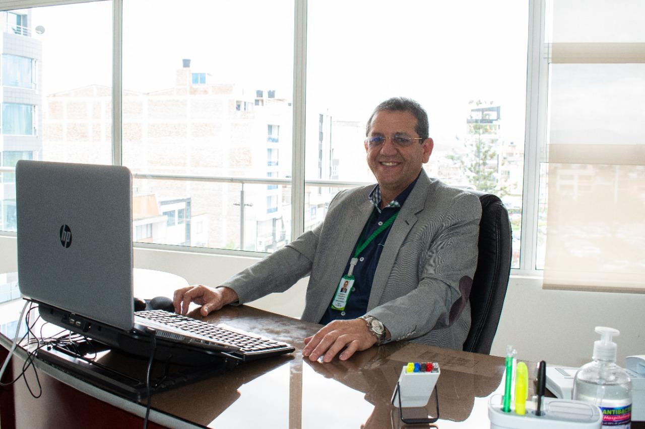 Dr. Raúl Flechas